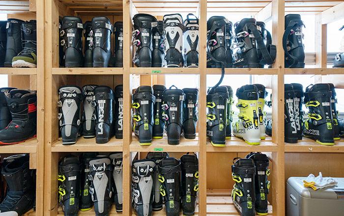 Niseko Moiwa Ski Resort RentalShop